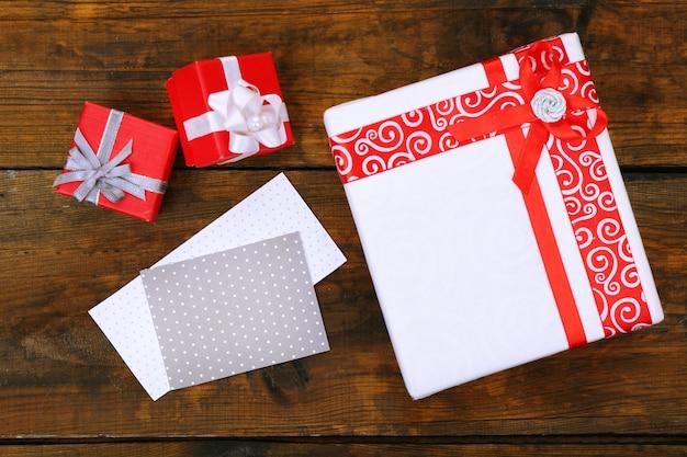 Confezioni regalo con card