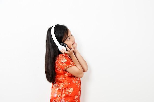 Anno cinese del bambino della ragazza