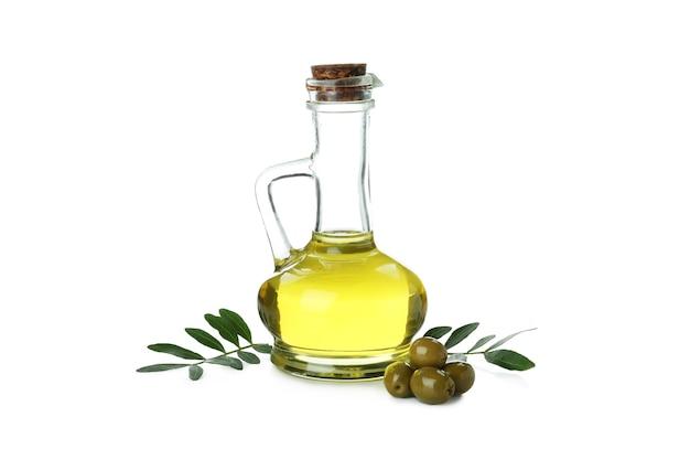 Bottiglia di vetro di olio d'oliva isolato sulla superficie bianca