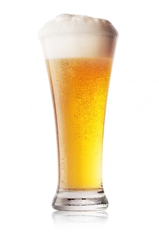 Bicchiere di birra chiara fresca