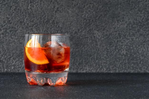 Bicchiere di negroni