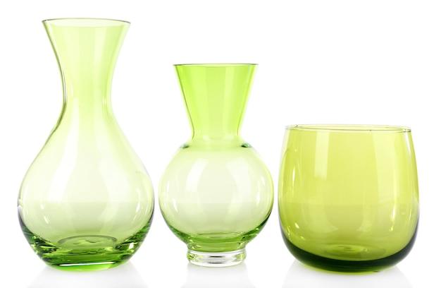 Vaso di vetro isolato su bianco