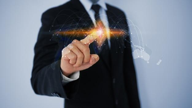 Concetto di connessione aziendale globale. rete sociale. comunicazione dei dati