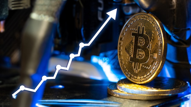Bitcoin oro con grafici freccia in aumento.