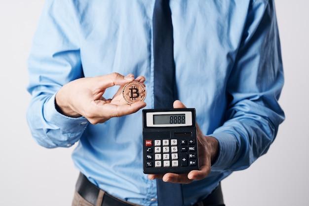 Calcolatrice di monete d'oro criptovaluta quindi economia