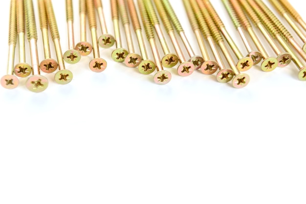 Viti d'oro isolate su sfondo bianco.
