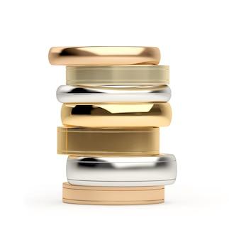 Pila di anelli d'oro e d'argento