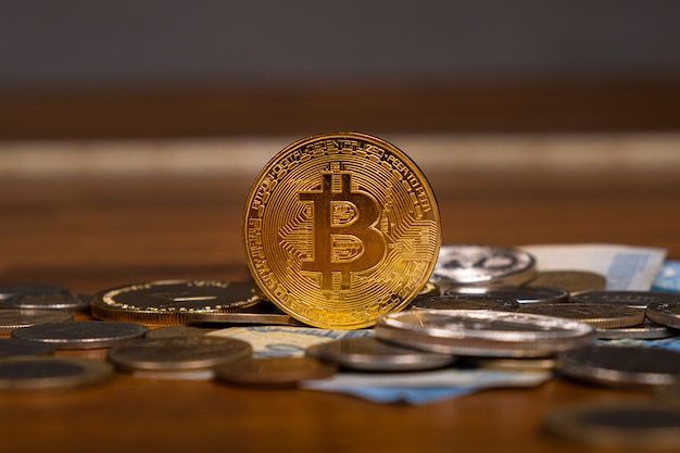 Golden bitcoin, la principale criptovaluta del mondo.