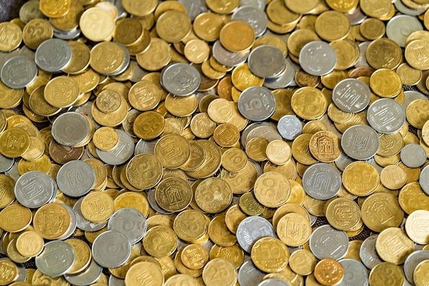 Trama di monete d'oro. grivnia ucraina.