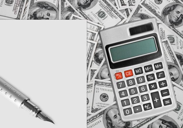 Buon bilancio finanziario sul foglio finanziario