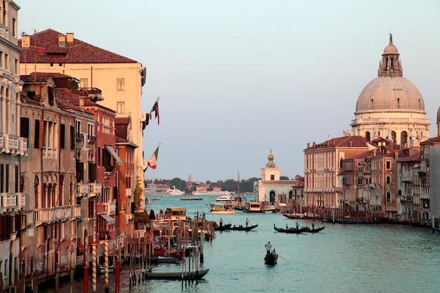 Canal grande di venezia al tramonto