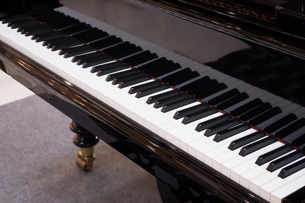 Strumento musicale di sottofondo della tastiera del pianoforte a coda
