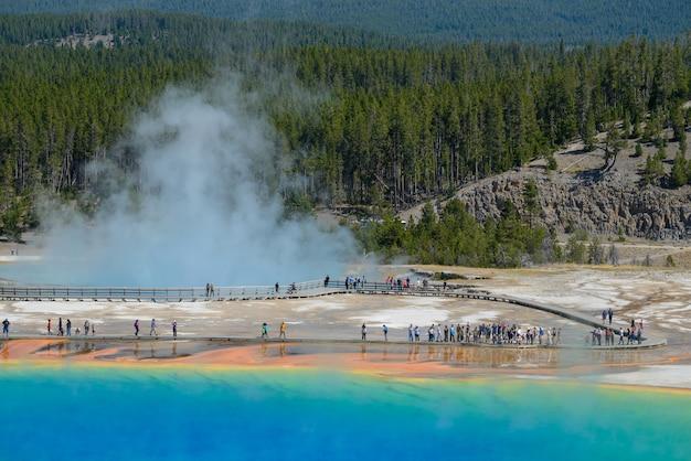 Grand prismatic springs parco nazionale di yellowstone nel wyoming