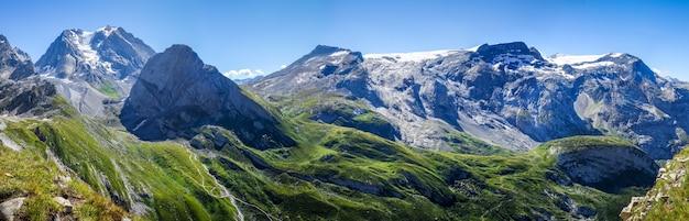 Paesaggio del ghiacciaio della grande casse a pralognan la vanoise. alpi francesi. vista panoramica