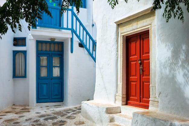 Via greca di mykonos sull'isola di mykonos, in grecia