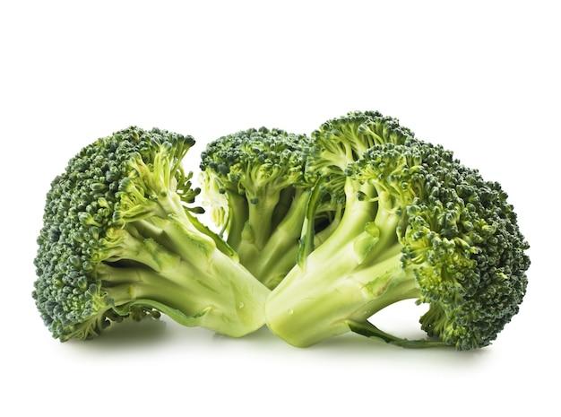Broccoli verdi isolati su cenni storici bianchi