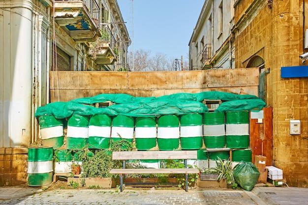 Linea verde - zona cuscinetto tra la parte greca e quella turca della città, nicosia (lefkosia), cipro