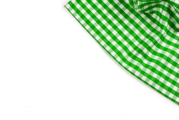 Tovagliolo verde isolato su bianco copia spazio.