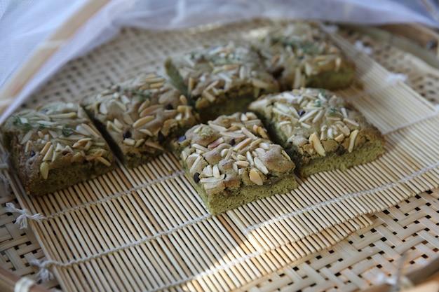 Noci di tè verde cale