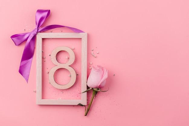 Biglietto di auguri giornata internazionale della donna l'8 marzo