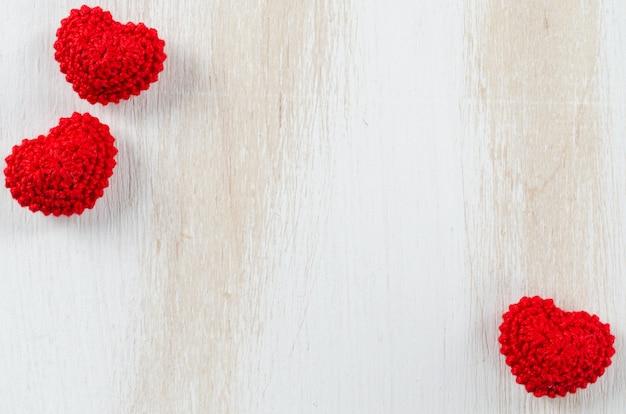 Biglietto di auguri per san valentino con cuori rossi
