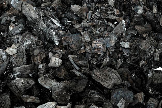 Vista superiore del carbone di legna della griglia