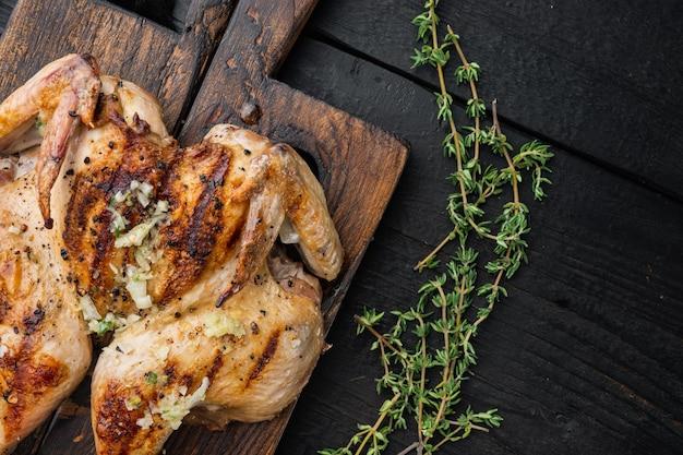 Pollo intero alla griglia, con salsa chimichurri