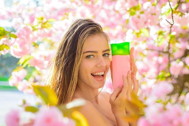 Balsamo per capelli donna con cosmetici per capelli shampoo spa a base di erbe cosmetico per capelli bella donna con