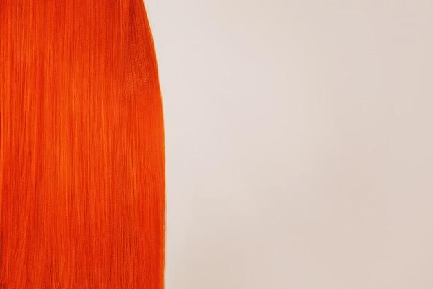 Spazio della copia del primo piano di struttura dei capelli. ragazza rossa con i capelli lunghi brillanti. bellezza naturale. ragazza con taglio di capelli perfetto. capelli rossi voluminosi. colorare in salone. acconciatura brillante. donna rossa