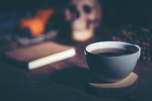Concetto del caffè di halloween, caffè del caffè