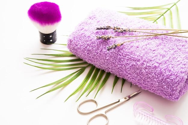 Trattamenti unghie mani e piedi, strumenti per manicure e pedicure Foto Premium