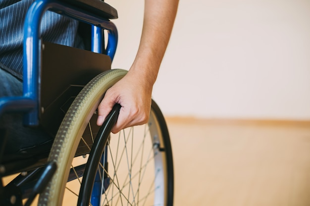 Handicap o disabili su sedia a rotelle