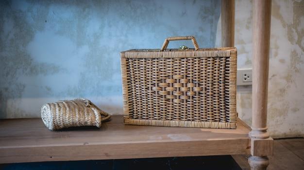 Collezione di borse tessute artigianali