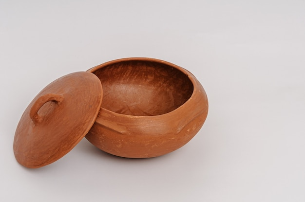 Vaso di argilla fatto a mano tipico dello stato di paraiba, regione nord-est del brasile