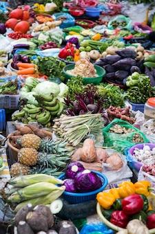 Mercato di hanoi, vietnam