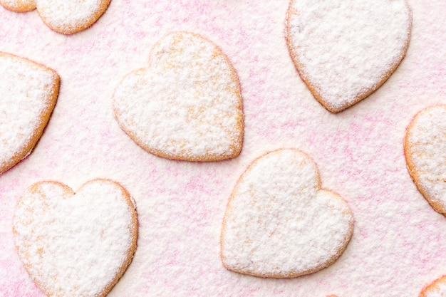 Buon san valentino 2021. panetteria. biscotti a forma di cuore