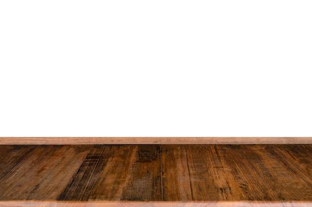 Piano del tavolo della plancia ruvida in legno duro su sfondo bianco
