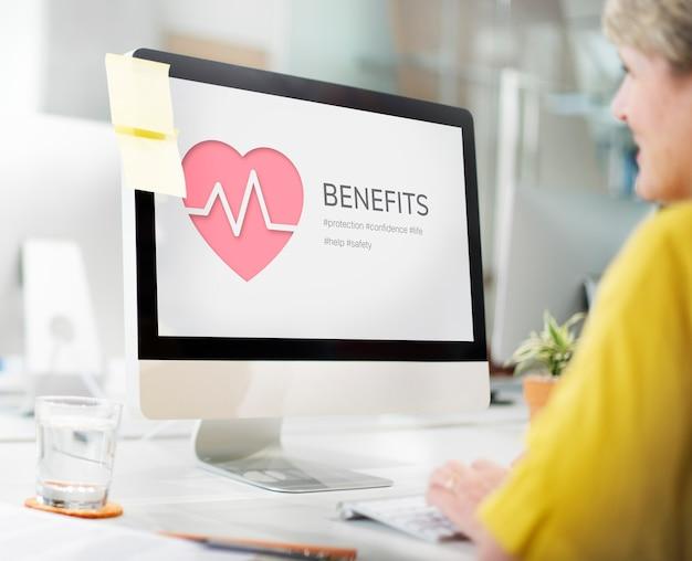 Benefici per incidenti di vita dell'assicurazione sanitaria