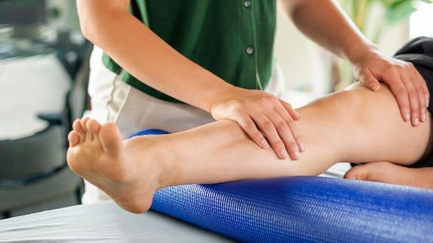 Massaggio di salute e benessere per sport e fitness