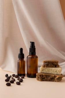 Assortimento di olio di jojoba sano