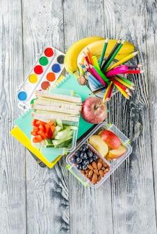 Scatola da pranzo scolastica sana