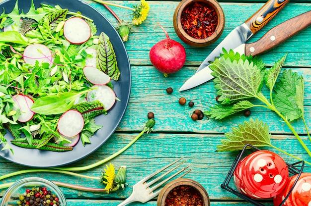 Insalata di verdure salutare