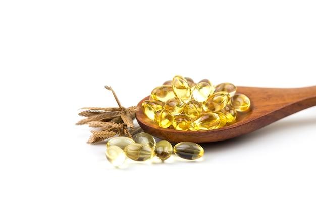 Vitamine sane omega 3 isolato su uno sfondo bianco