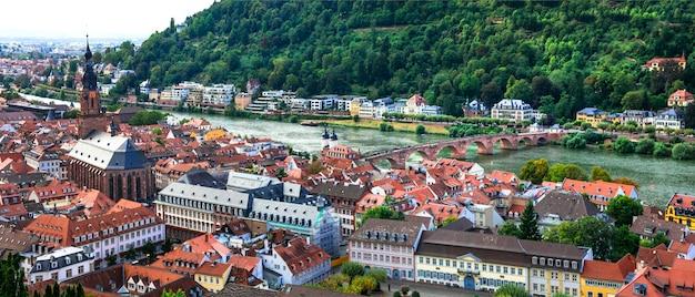 Heidelberg una delle più belle città medievali della germania panorama di paesaggio urbano