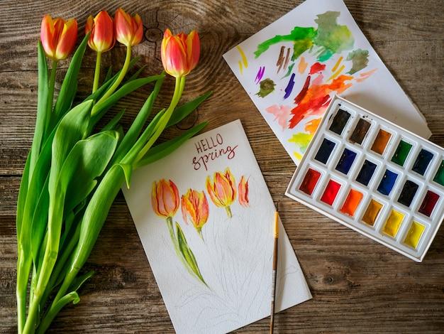 Ciao auguri di primavera con bouquet di tulipani