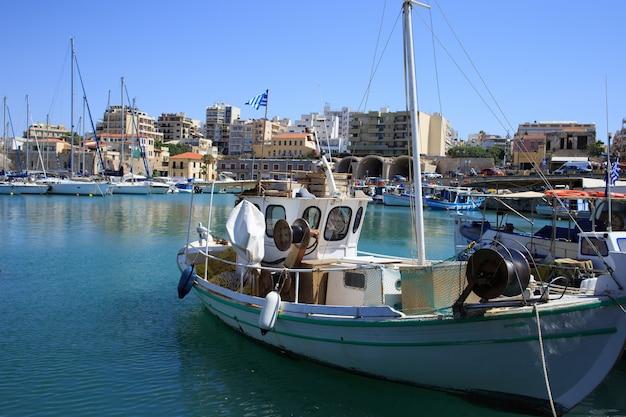 Porto di heraklion e porto veneziano nell'isola di creta