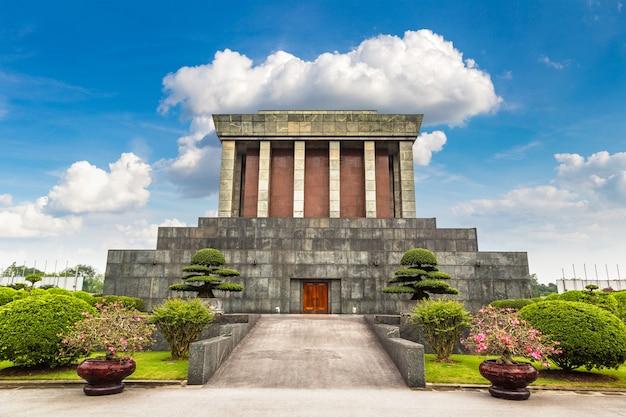 Mausoleo di ho chi minh a hanoi, vietnam
