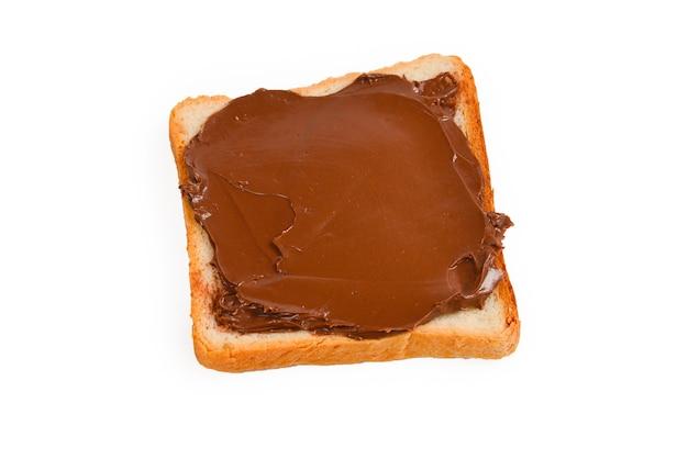Un sandwich di pasta di cioccolato isolato su sfondo bianco.