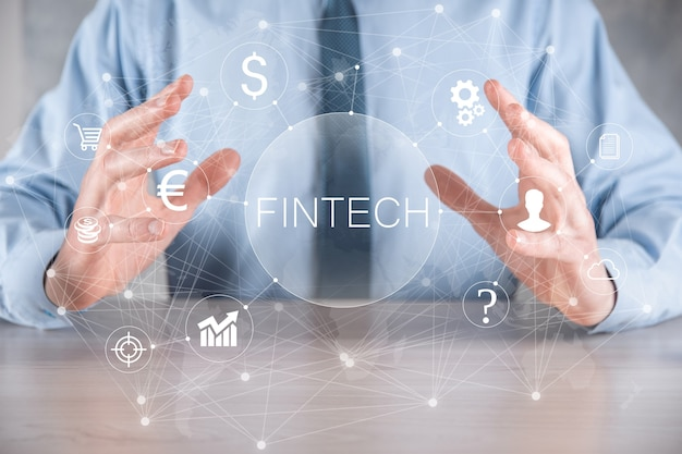 Tenere fintech - concetto di tecnologia finanziaria. pagamento bancario di investimento aziendale. criptovaluta