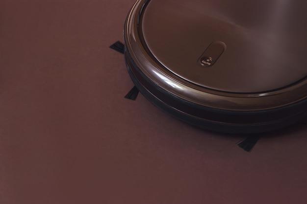 Robot per la pulizia della casa. moderna tecnologia di pulizia elettronica intelligente.